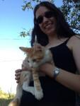 Dr. Jessica Frank mit Streuner-Katze in der Türkei