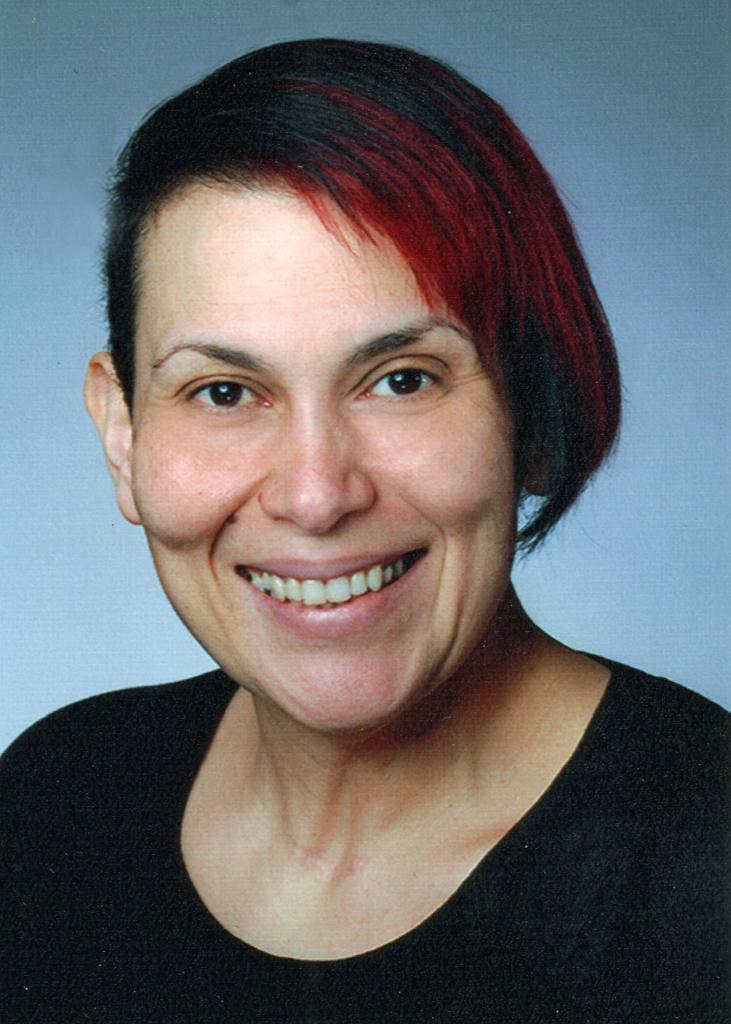 Suzi Oliveira