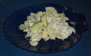 Avocado-Chicoreesalat mit Sojajoghurtdressing