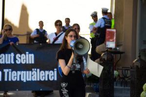 Demo gegen Tierversuche Tübingen Dr. Jessica Frank