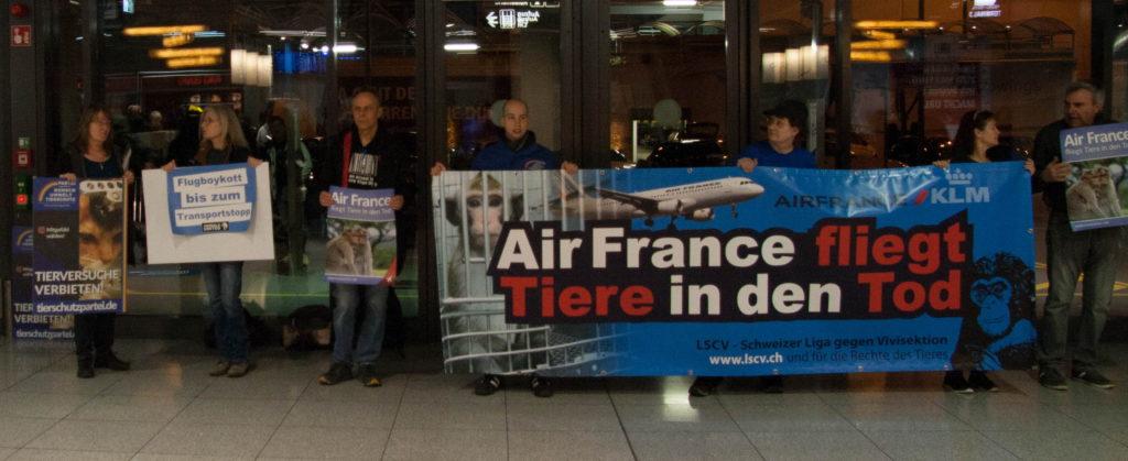 Demo Tierversuche Tiertransporte Air France Stuttgart Banner