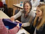 Bundesparteitag im Februar 2019 - Sabine Ehret stimmt ab